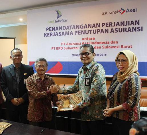 Penandatangan Perjanjian Kerjasama Penutupan Asuransi antara Asuransi Asei dan Bank Sulselbar