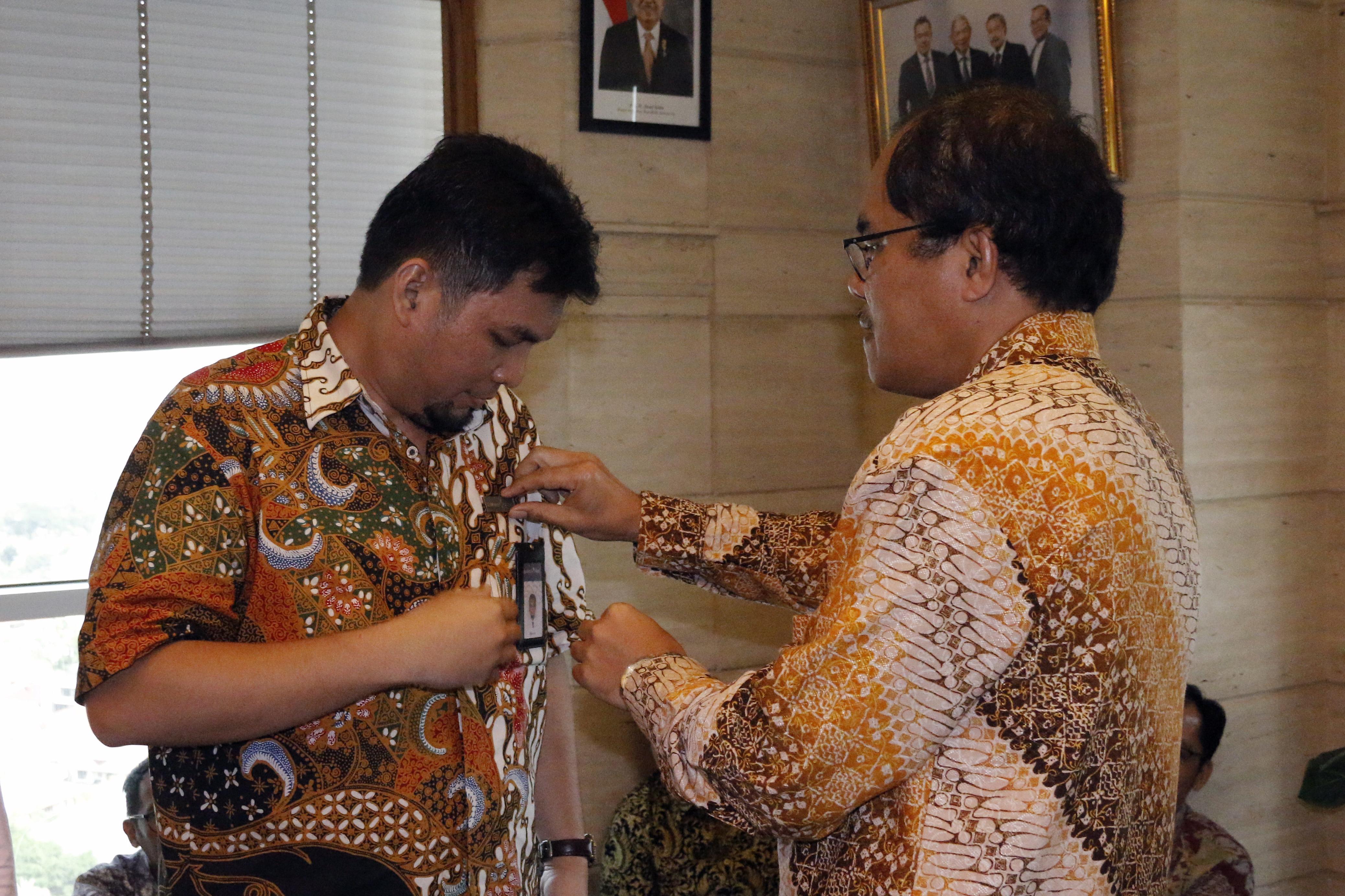 Pencanangan Pin/Lencana PT Asuransi Asei Indonesia